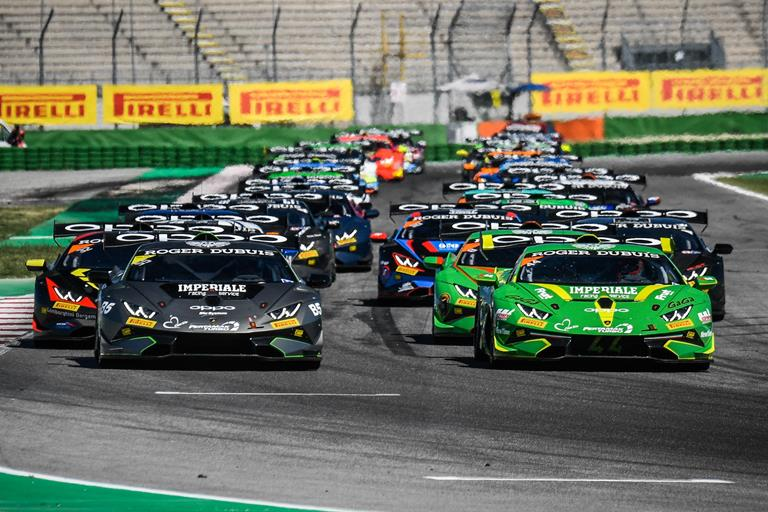 "In Europa arriva un ""Highlander"" - image Supertrofeo on http://auto.motori.net"