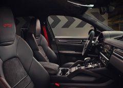 Opel Zafira-e Life: ammiraglia zero emissioni per viaggi esclusivi - image Alcantara-_-Porsche-240x172 on http://auto.motori.net