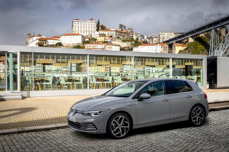 Volkswagen lancia Care for You - image Nuova-Golf- on http://auto.motori.net