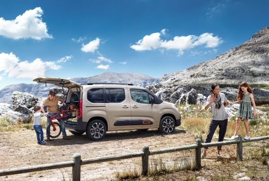 Un'auto a prova di Estate? - image CITROEN-BERLINGO_0 on http://auto.motori.net