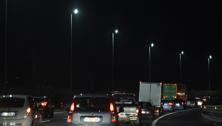 Sicurezza in primo piano: 25 anni fa Opel Vectra precorse i tempi - image GRA_notte-3 on http://auto.motori.net