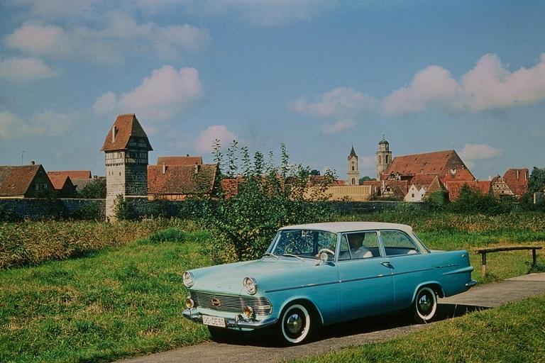 60 anni di  Opel Rekord P2 - image IMG0043 on http://auto.motori.net