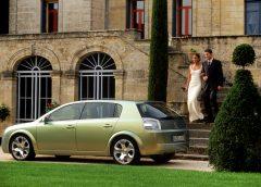 20 anni fa Opel Signum2: un po' berlina, un po' station wagon