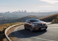 Renault Megane diventa ibrida plug-in