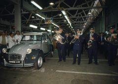 27 Luglio 1990: l'ultiva 2CV usciva di produzione e entrava nella storia