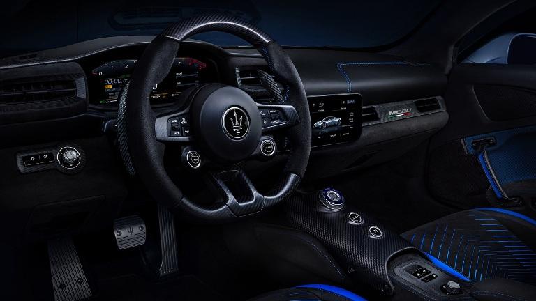 Porsche Taycan entra nel Guinness dei Primati - image Alcantara-_-Maserati-MC20 on http://auto.motori.net
