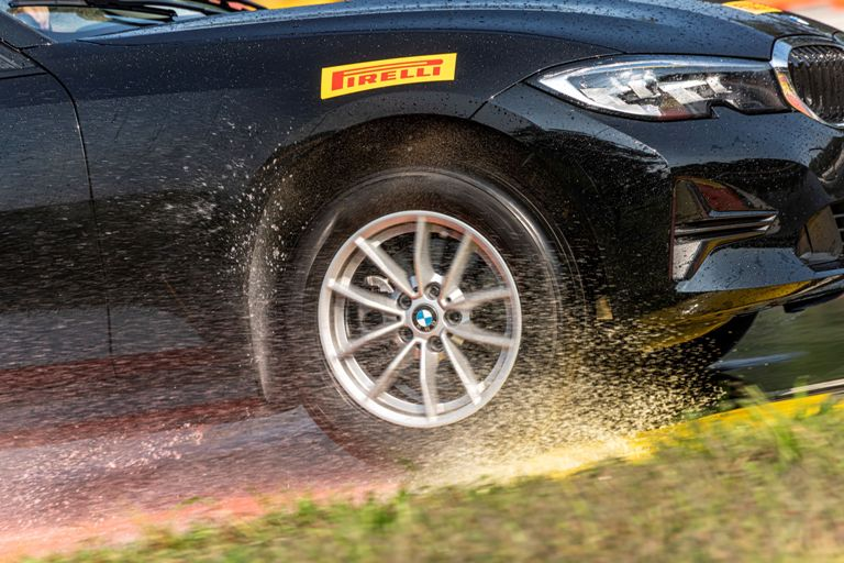 "Marquis MR61 by CST Tires: the ""All-Round Performance Tyre"" - image Pirelli on http://auto.motori.net"