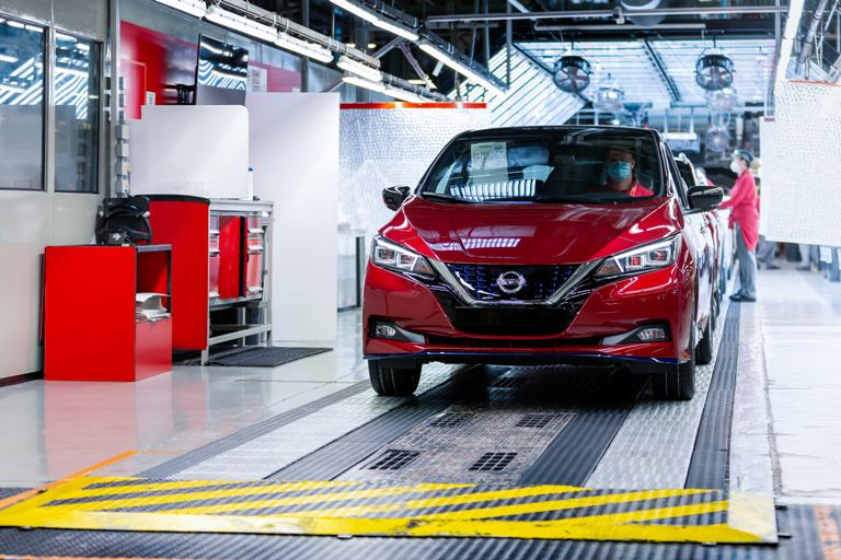 Come è andata l'Estate 2020? - image the-500-000th-nissan-leaf-heads-to-its-new-owner-in-norway-as-customers-continue-to-embrace-the-pioneering-zero-emission-vehicle-globally-source on http://auto.motori.net