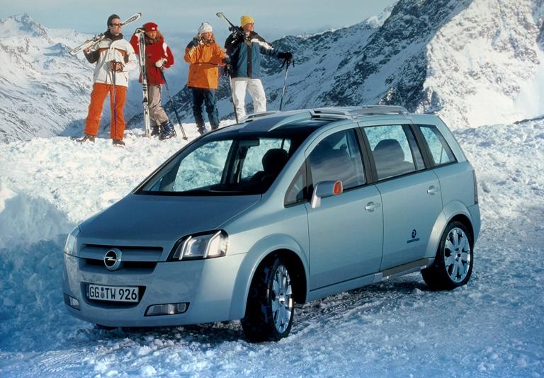 Astra Coupè OPC X-Treme: figlia del DTM - image 2000-Opel-Zafira-Snowtrekker-1 on http://auto.motori.net