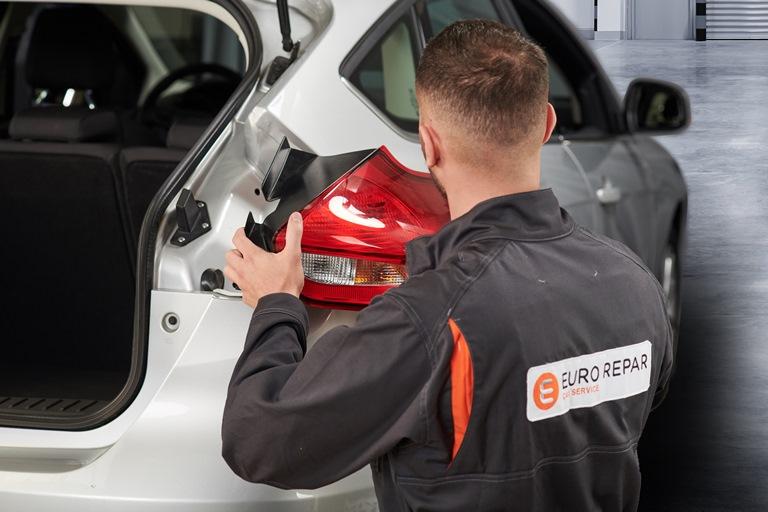 BMW Group utilizza soluzioni AI per aumentare la qualità della verniciatura - image AutoRepair-2 on http://auto.motori.net