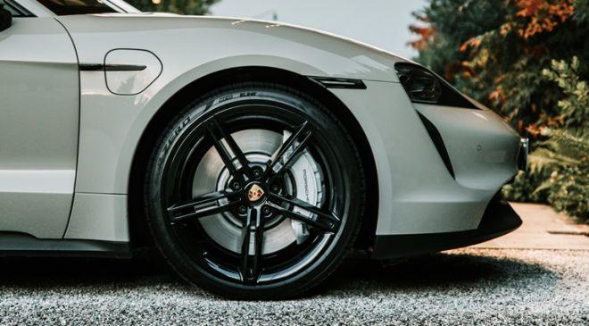 Pirelli Elect, il pneumatico per le auto elettriche