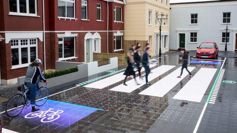 25 anni di ESP Bosch: niente più sbandate - image starling-crossing-umbrellium-dezeen-2364-col-10-1704x959-1 on http://auto.motori.net