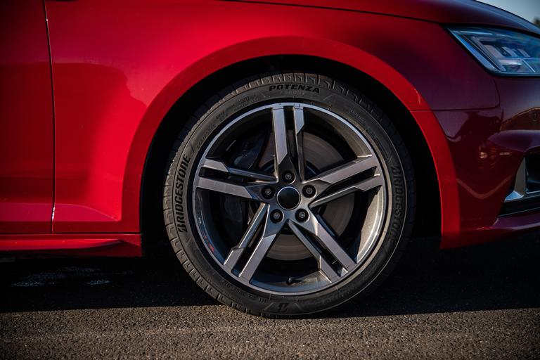 Ford Ecosport: piacevole e versatile - image Bridegestone-Potenza-Sport- on http://auto.motori.net