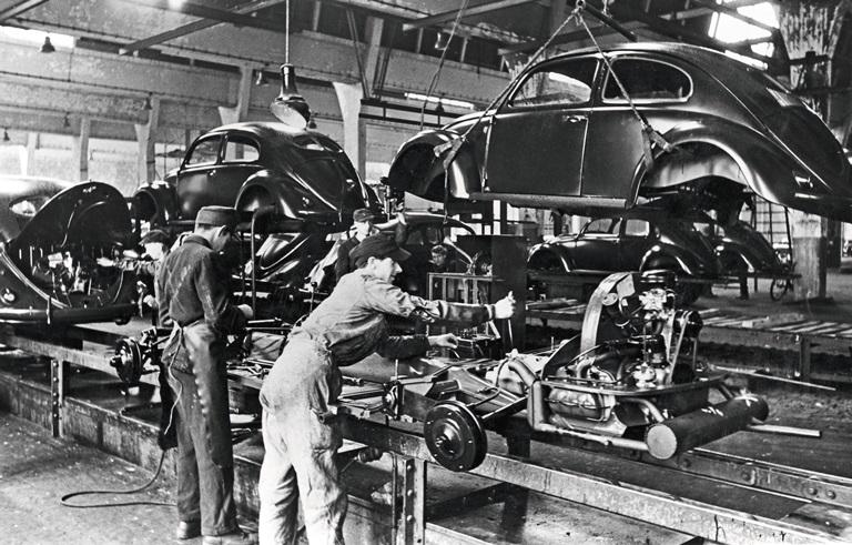 I 75 anni del Maggiolino Volkswagen - image Produzione-Typ-1_DB2020NR00667 on http://auto.motori.net