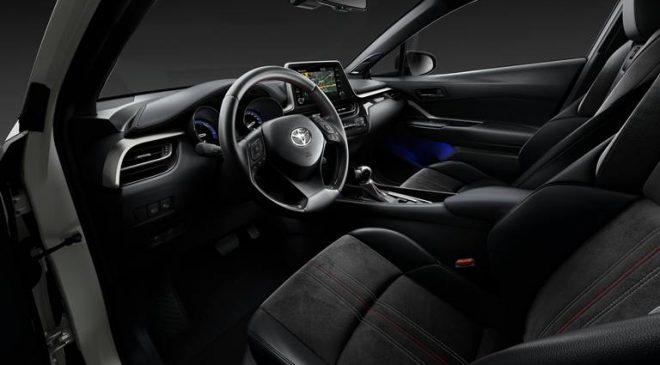 Alcantara per Toyota C-HR GR Sport