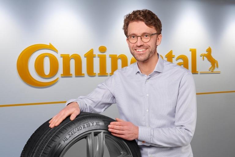 Paddock- Gennaio 2021 - image Stefan-Habicht_-responsabile-del-progetto-di-sviluppo-dei-nuovi-pneumatici-Continental on http://auto.motori.net