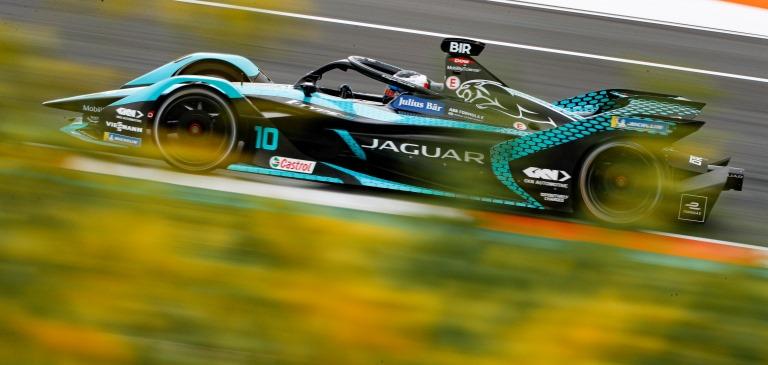 Bridgestone Potenza Sport, nuova eccellenza nel segmento sportivo - image j-racing-i-type5 on http://auto.motori.net