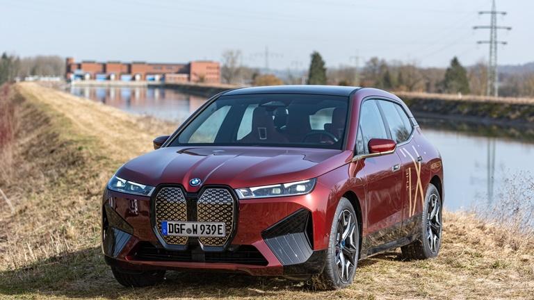 BMW nuovo premium partner del Milan - image bmw-ix-production-po on http://auto.motori.net