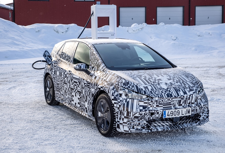 Nuova Golf e-Power, Hybrid-Power, GTI-Power e R-Power - image BORN-WINTER8 on http://auto.motori.net
