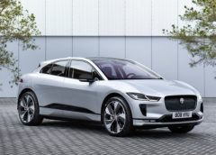 Jaguar I-Pace diventa anche Black