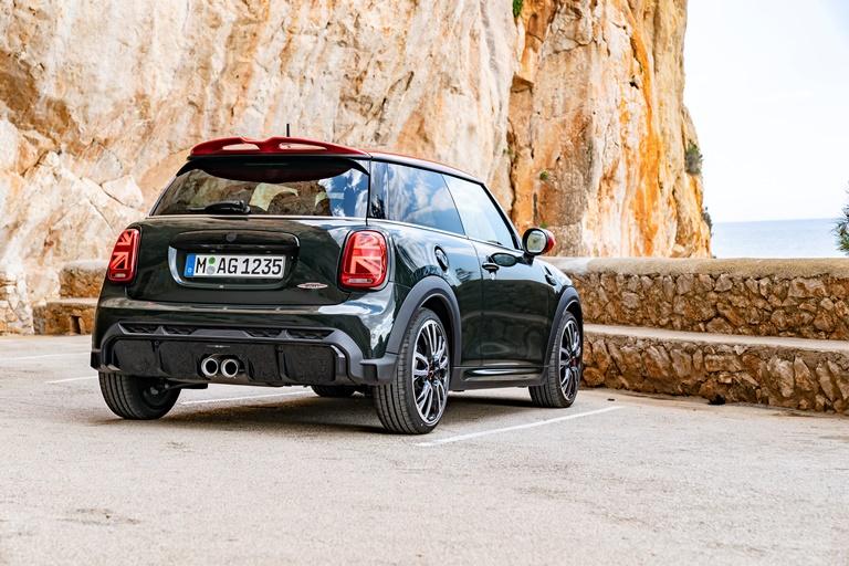 """Fiat Tipo City Sport, un """"concentrato"""" di dinamismo e tecnologia - image mini-john-cooper on http://auto.motori.net"""