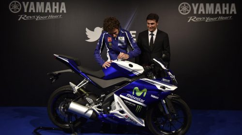 Asta per la YAMAHA YZF-R125 autografata da Rossi - image 001225-000021566-500x280 on http://moto.motori.net