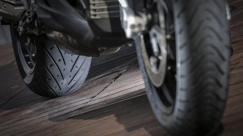 METZELER presenta a il nuovo pneumatico Sport Touring Radiale ROADTEC 01 - image 009444-000103830-500x280 on http://moto.motori.net