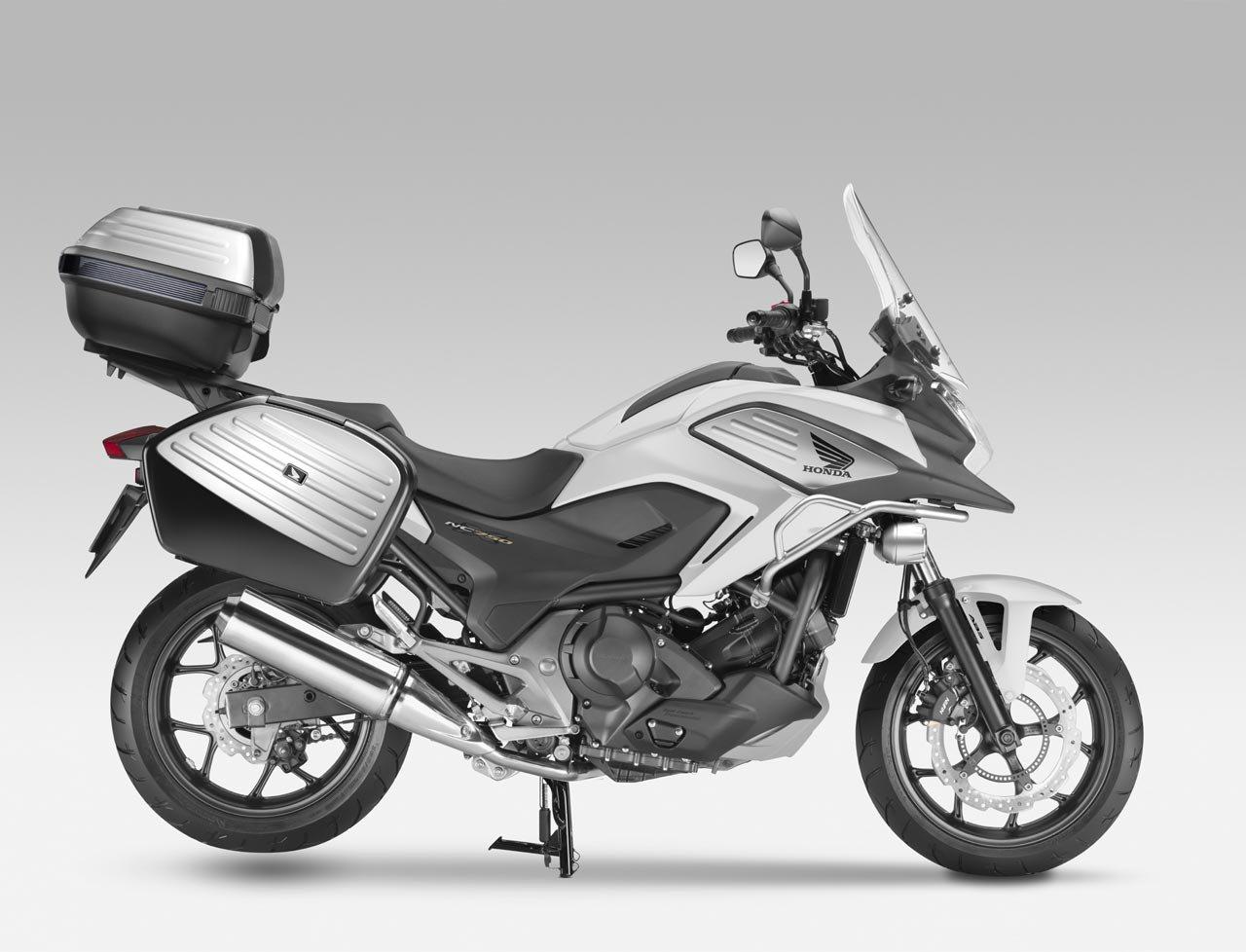 Listino Honda CB 650 F Naked Media - image 13506_1 on http://moto.motori.net
