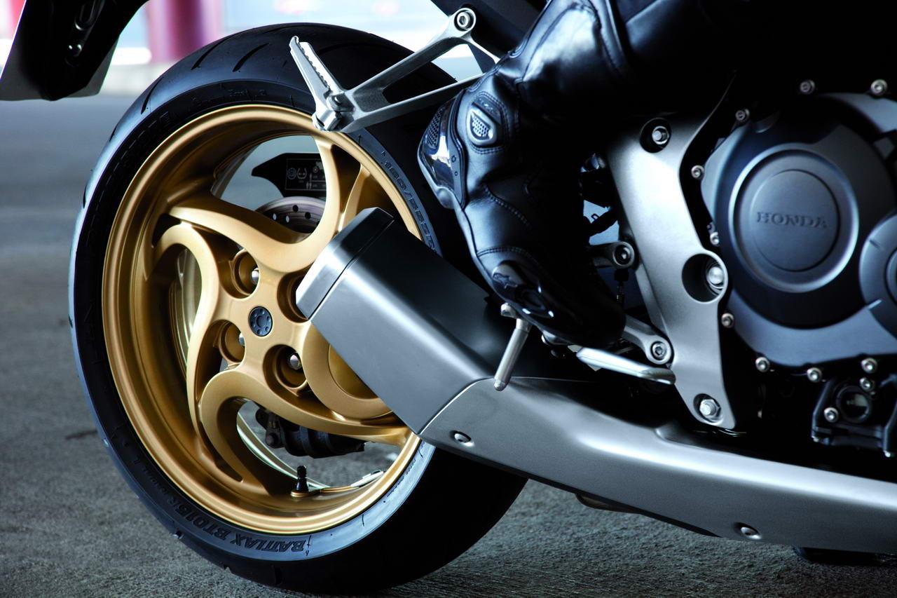 Listino Honda CB 650 F Naked Media - image 14642_honda-cb1000rabs on http://moto.motori.net