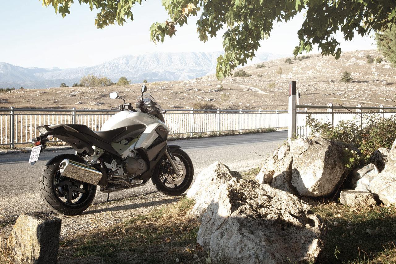Listino Honda Integra 750 ABSS Scooter oltre 300 - image 14670_honda-crossrunnerabs on http://moto.motori.net