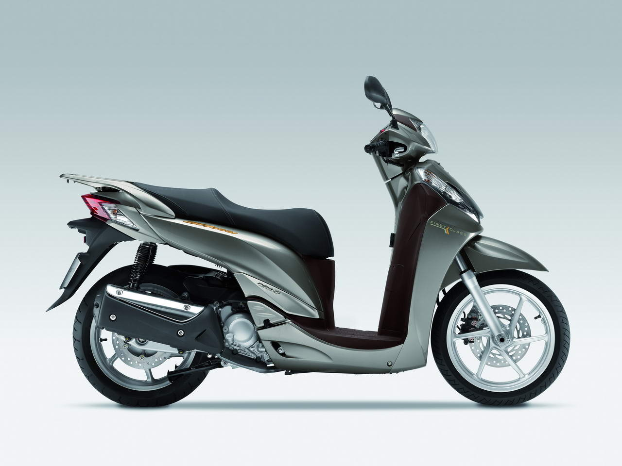 Listino Honda Integra 750 ABSS Scooter oltre 300 - image 14715_honda-sh300ispecial on http://moto.motori.net