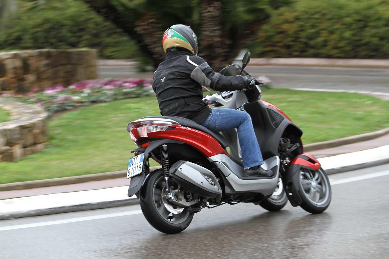 Listino Piaggio Beverly Sport Touring 350 ie Scooter oltre 300 - image 15081_piaggio-mp3125-ie-yourban-erl on http://moto.motori.net