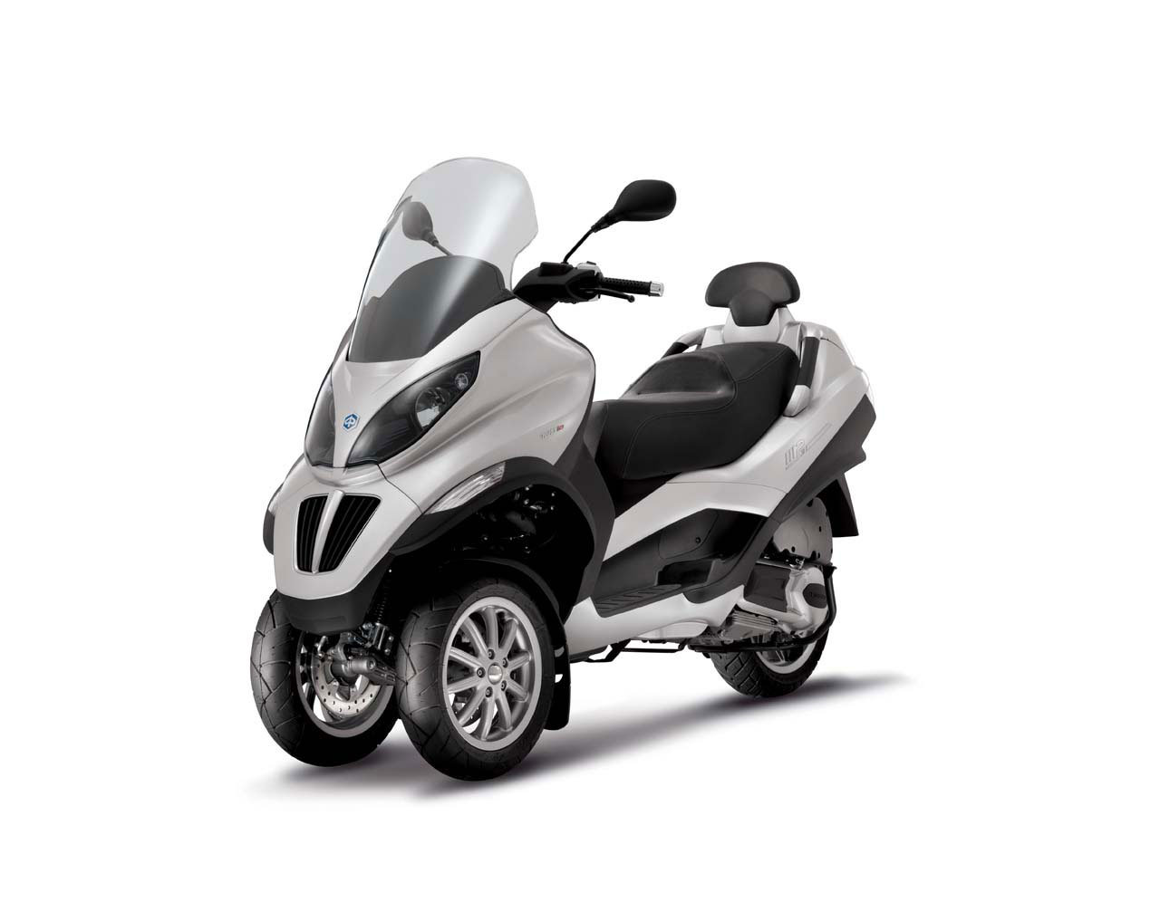Listino Piaggio Liberty 50 2T Teens Scooter 50 - image 15096_piaggio-mp3300-ie-rl on http://moto.motori.net