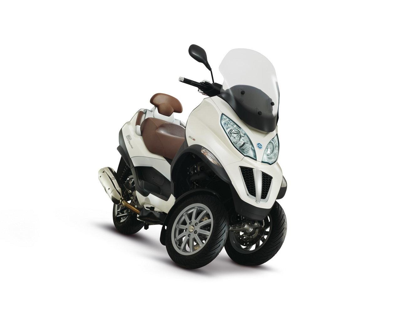 Listino Piaggio Liberty 50 2T Teens Scooter 50 - image 15117_piaggio-mp3500-ie-business-lt on http://moto.motori.net