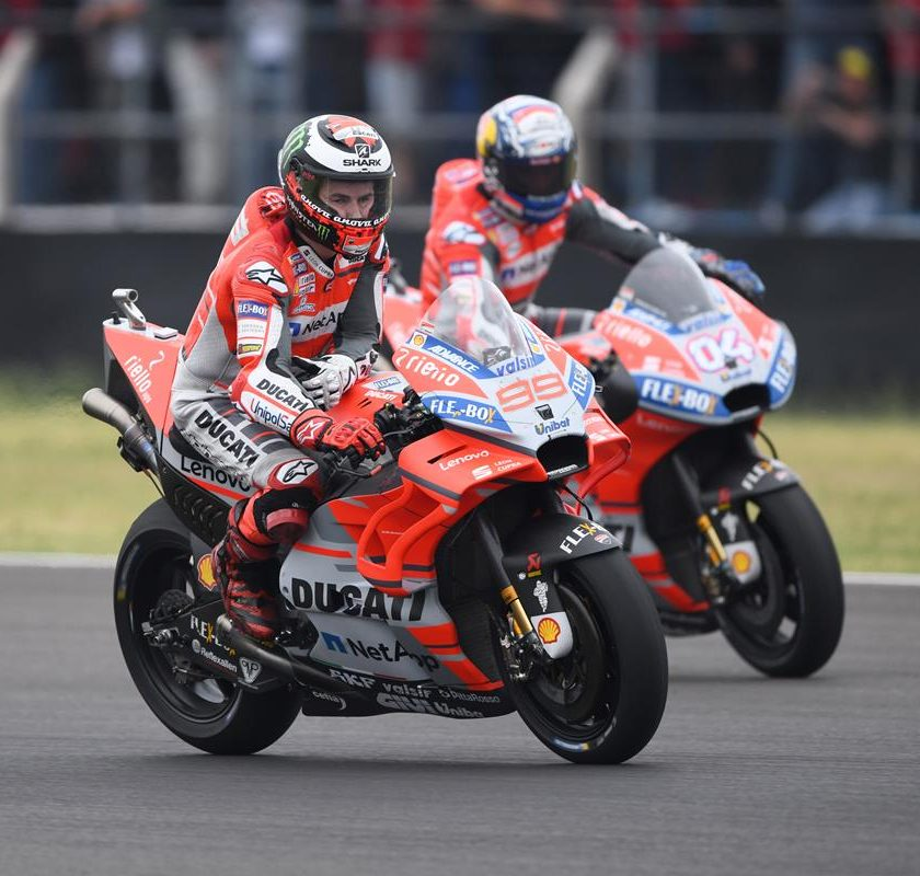 Bridgestone nel FIM Endurance World Championship - image 02-Ducati-Photo-840x800 on http://moto.motori.net