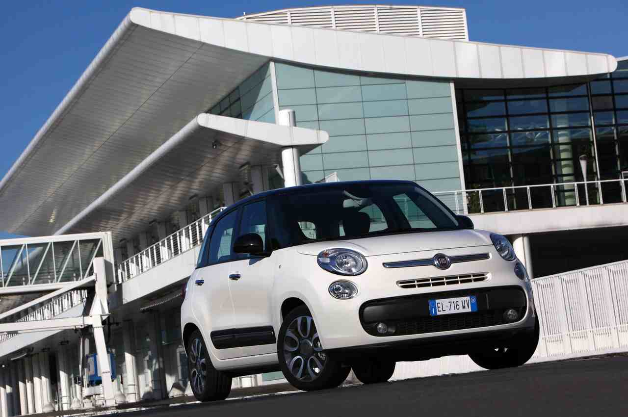 Fiat 500L: spazio allo stile - image 000024-000000111 on https://motori.net