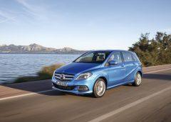 75 anni di sicurezza firmata Mercedes-Benz - image 002254-000021415-240x172 on https://motori.net