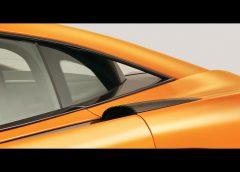 Mazda CX-3 gioca la carta del SUV compatto di classe premium - image 005704-000046023-240x172 on https://motori.net