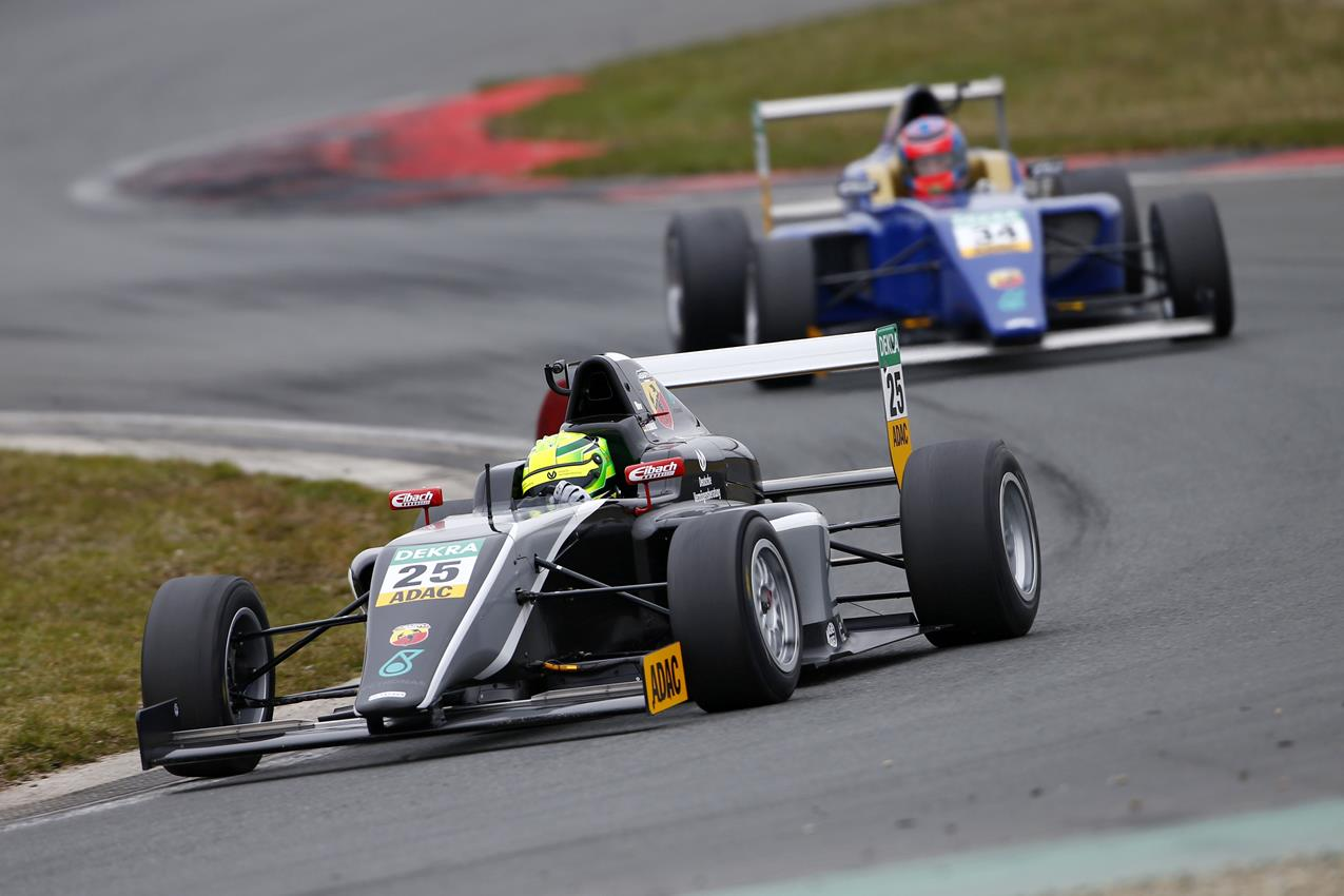 Al via il Campionato tedesco F4 ADAC Abarth - image 005834-000046656 on https://motori.net