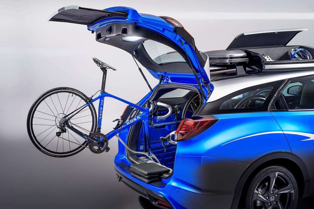 Ford a Francoforte: gamma completa di SUV e i nuovi AWD - image 011204-000099272 on https://motori.net