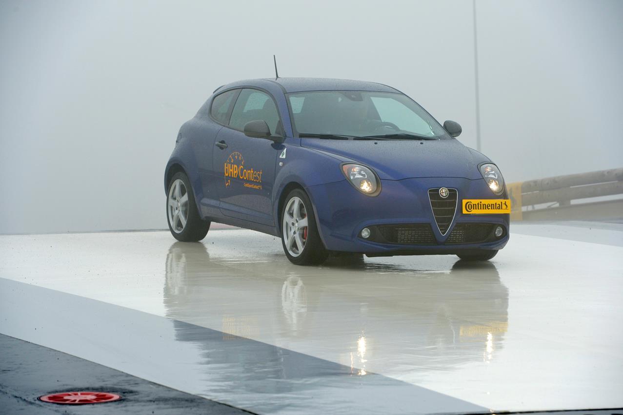 Corsi di guida sicura sull'ex-pista prova Alfa Romeo - image 014446-000131356 on https://motori.net
