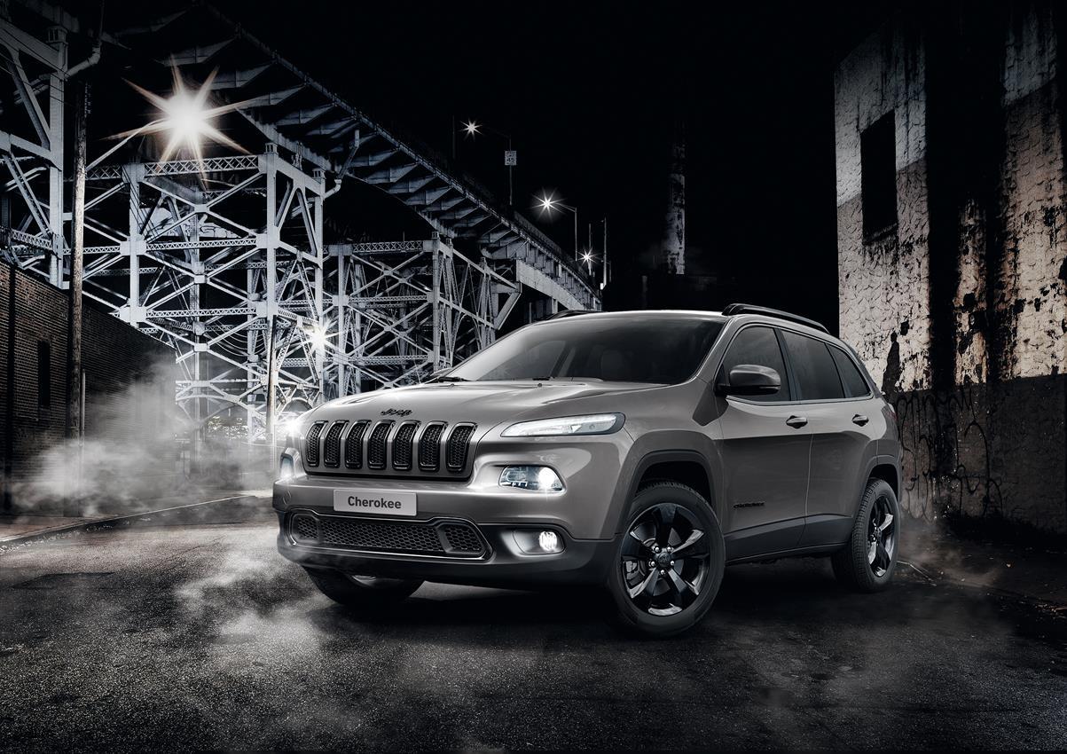 Al via gli ordini della nuova Jeep Cherokee Night Eagle - image 014448-000131359 on https://motori.net