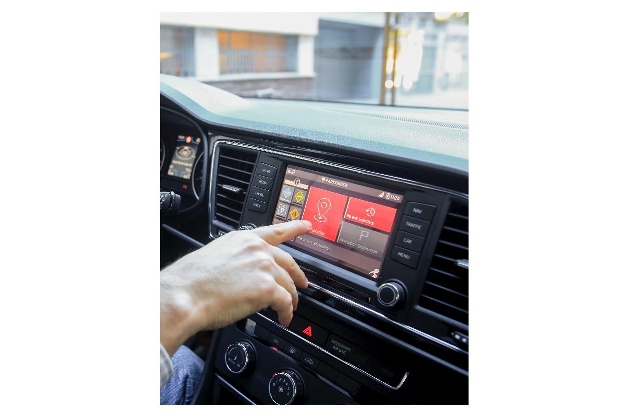 Parkfinder, la soluzione della SEAT per trovare parcheggio - image 014482-000131478 on https://motori.net