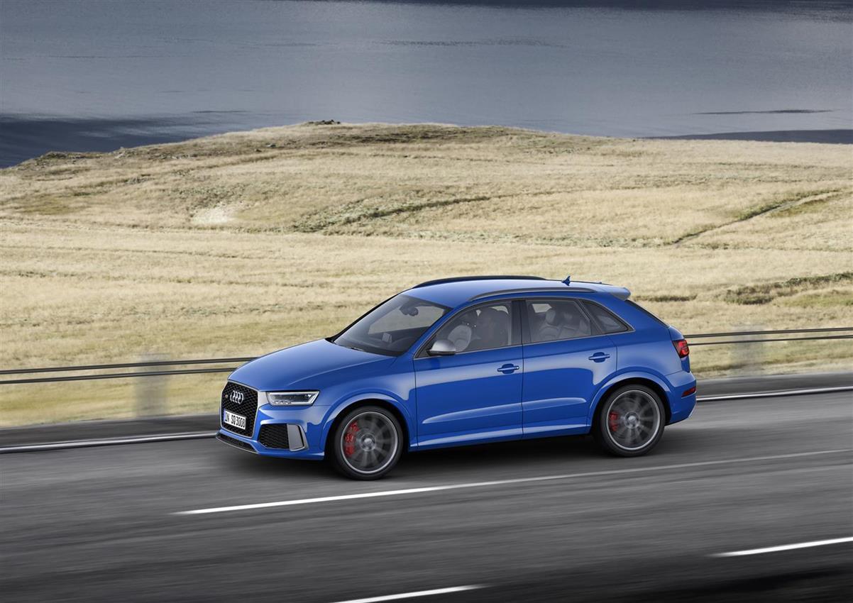 Pura potenza: la Audi RS Q3 performance - image 016569-000151926 on https://motori.net