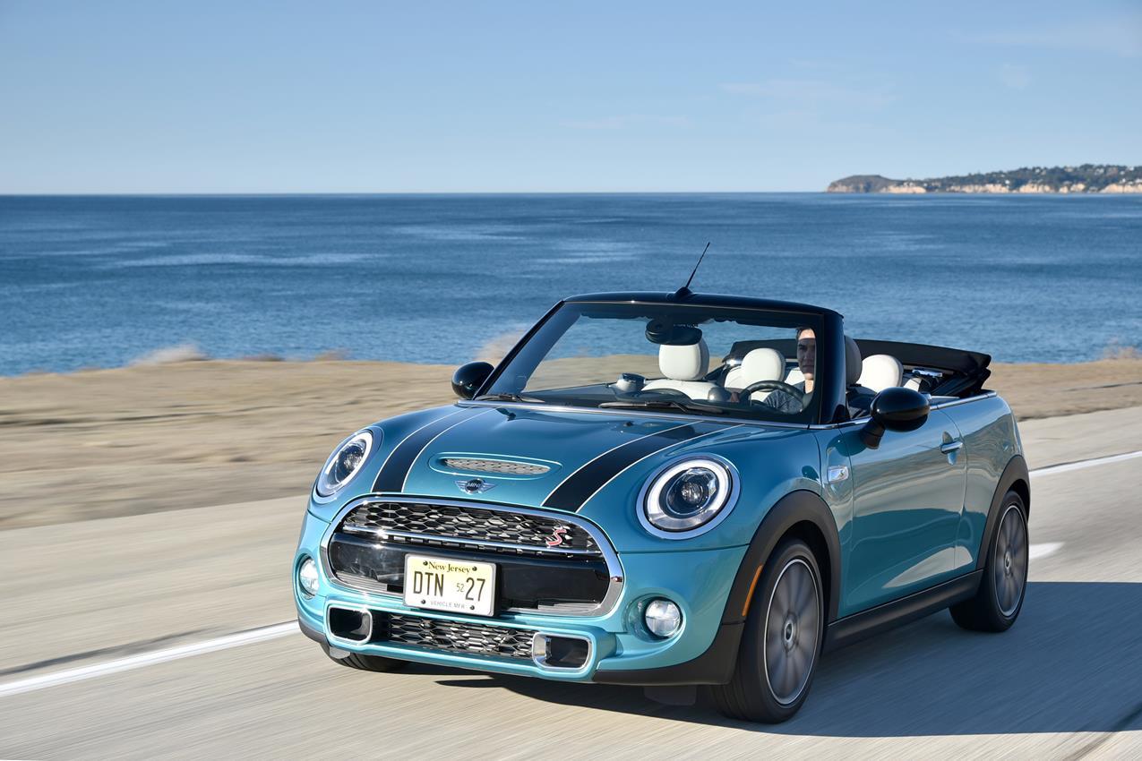Superb finalista per i più prestigiosi premi automotive - image 018589-000172132 on https://motori.net