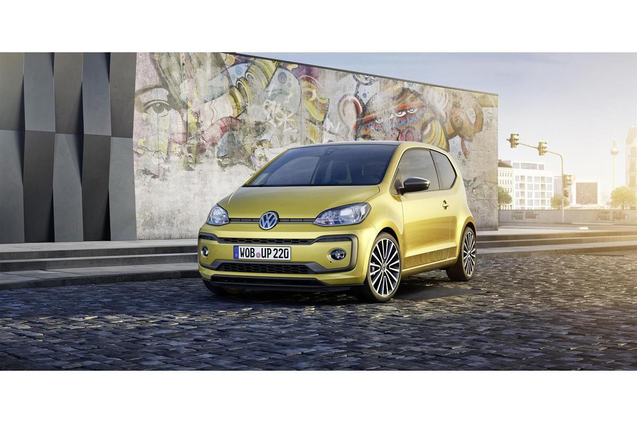 Superb finalista per i più prestigiosi premi automotive - image 018603-000172255 on https://motori.net