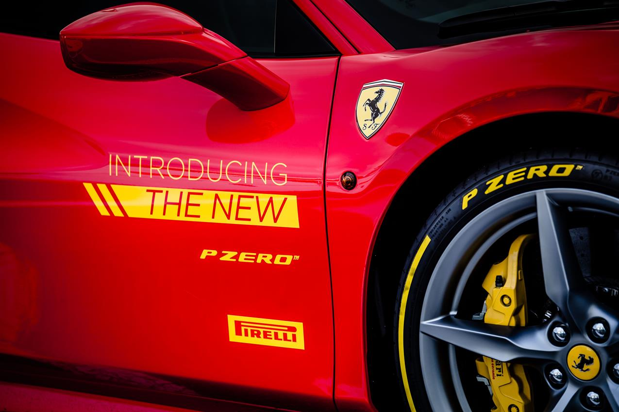 Pirelli presenta l'ultimo nato della famiglia PZero - image 020678-000192728 on https://motori.net