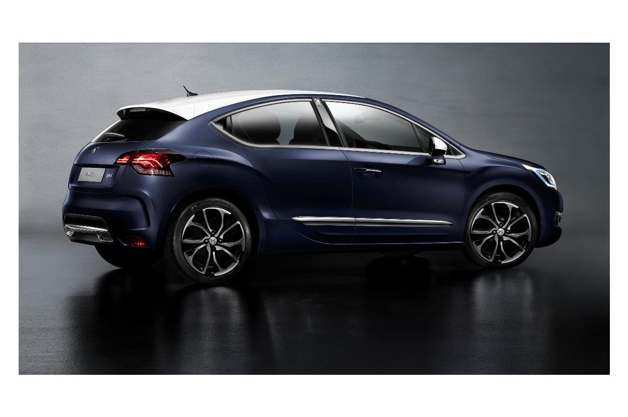 Ford Mustang è l'auto sportiva più venduta al mondo - image 021705-000202998 on https://motori.net