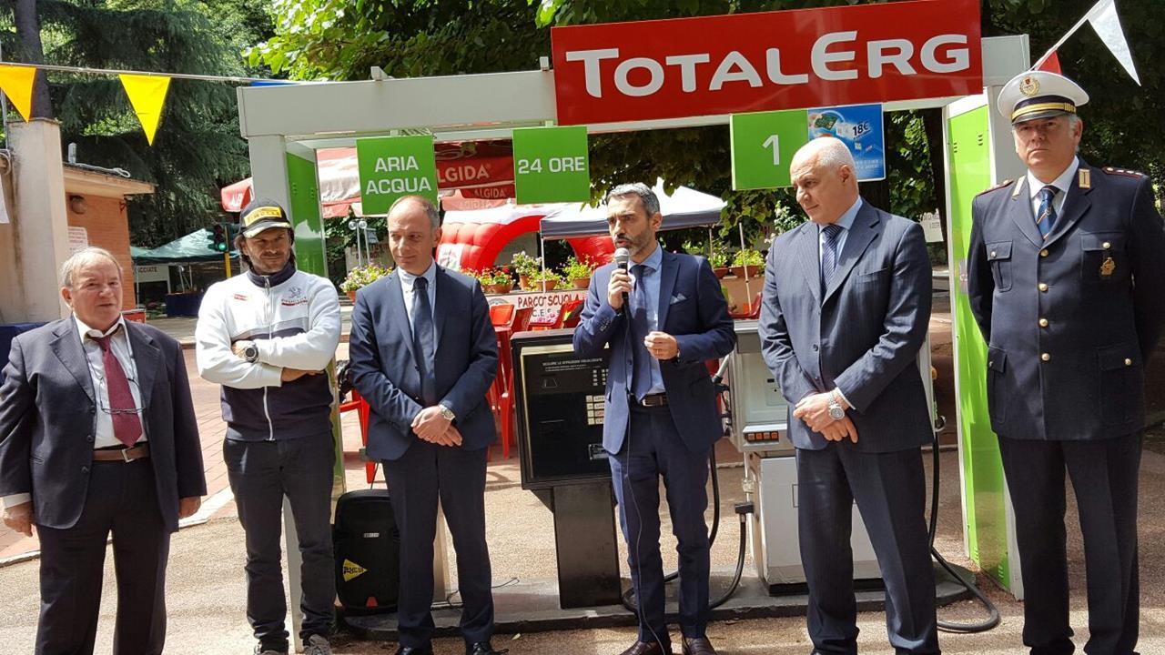 TotalErg porta la sicurezza stradale sui banchi di scuola - image 021784-000203469 on https://motori.net