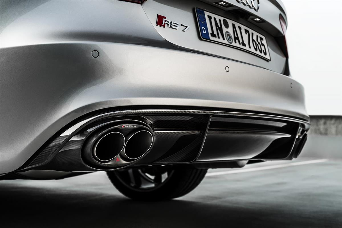 Audi RS 6 Avant e RS 7 Sportback con scarico Akrapovič: potenza e sound da pista - image 021883-000204170 on https://motori.net